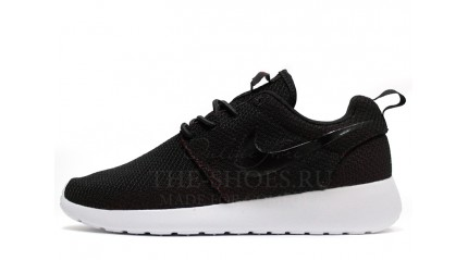 Nike Roshe Run Black White