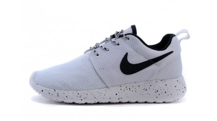 Nike Roshe Run ID White Black Oreo