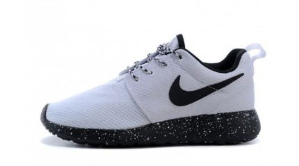 Nike Roshe Run ID Black White Oreo