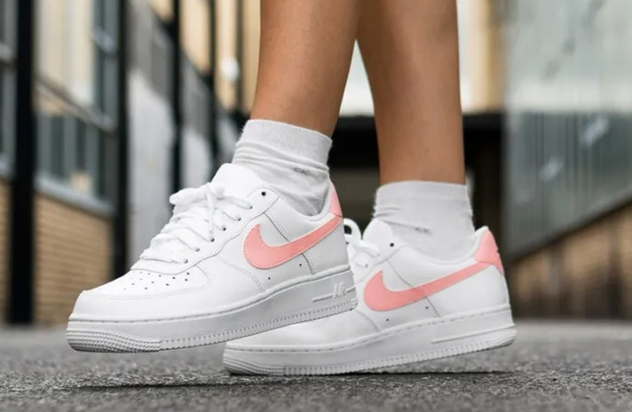 Nike Air Force 1 White Oracle Pink