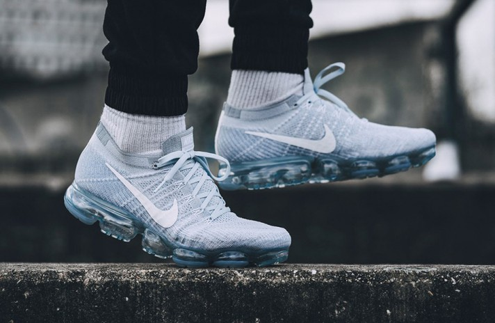 Nike Air VaporMax Flyknit Pure White Platinum белые, фото 6