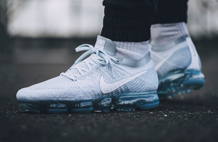 Nike Air VaporMax Flyknit Pure White Platinum белые, фото 5