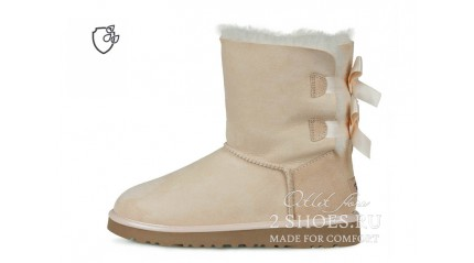 короткие с лентами Ugg Australia Bailey Bow Short II Amberlight